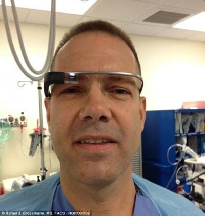 谷歌眼镜应用外科手术 首次