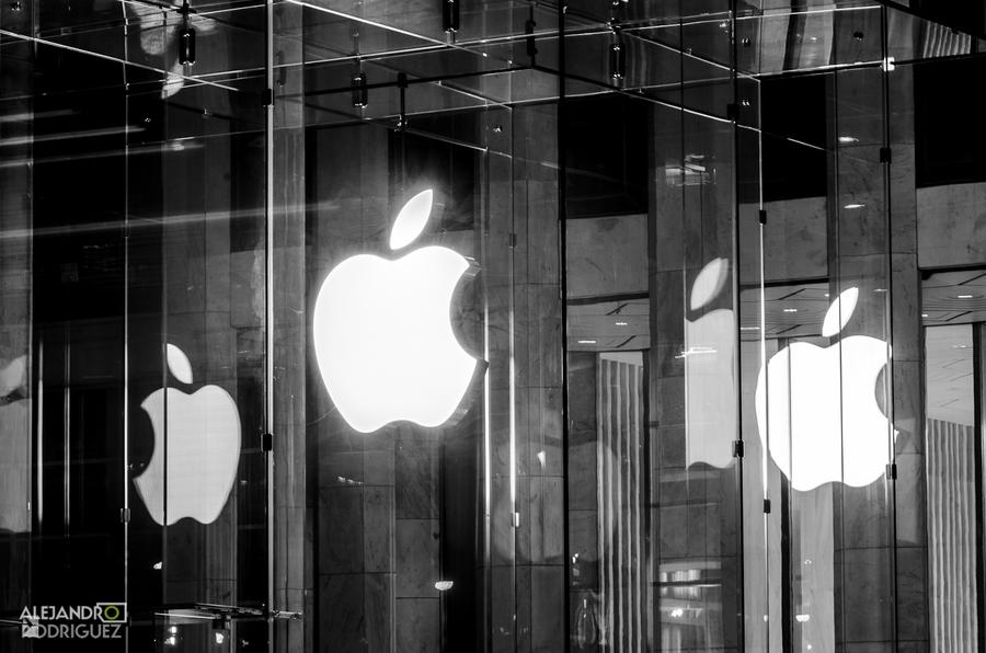 iPhone 6 来了,是惊喜还是惊吓?