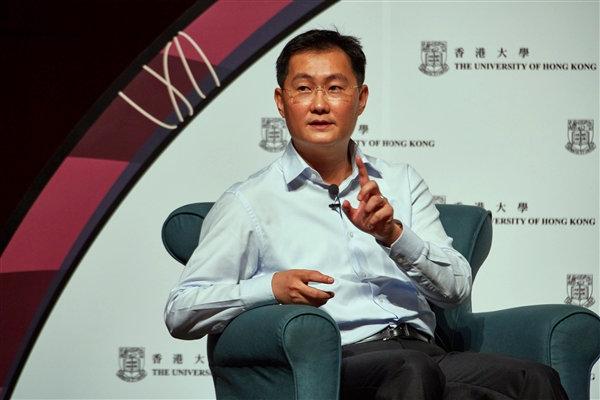 马化腾:MSN曾是QQ最大的对手,但没赶上社交化,被Facebook打掉了