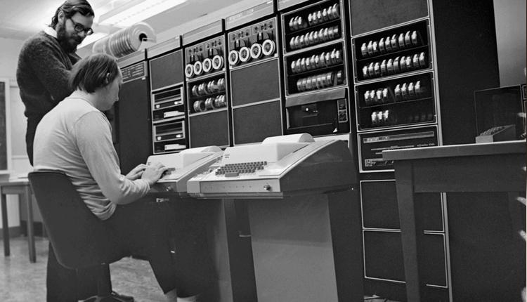 从20世纪开始的科技大佬预言,哪些落空哪些成真了?