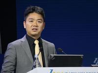 刘强东:缺乏知识产权保护,让中国品牌陷入恶性循环