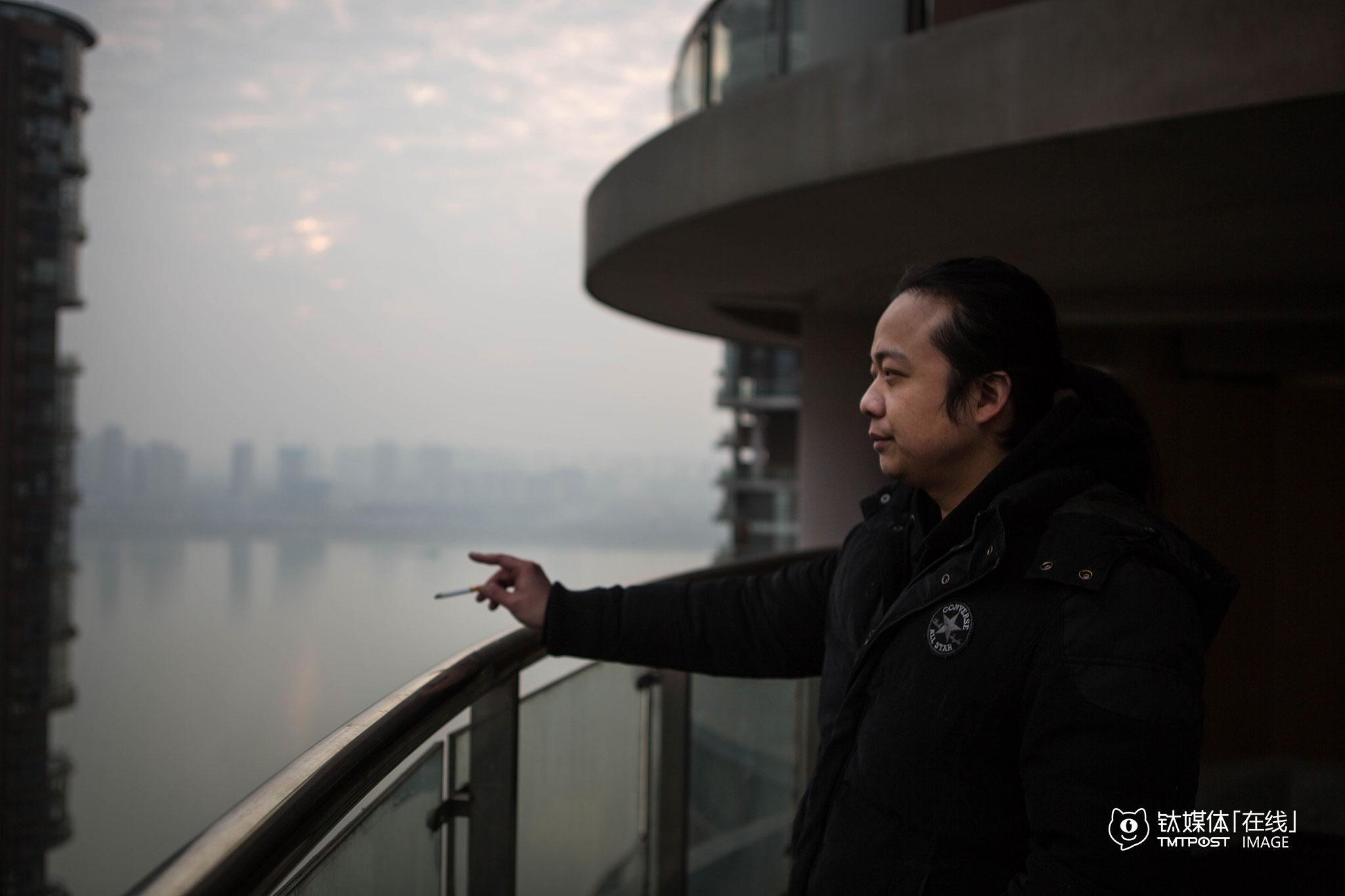 """铁人音乐频道目前已经吸引了国内一大批专业用户,频道网站站点也将在2016年上半年上线,""""APP对我们来说成本还比较高,网站可以更好地在现有条件下满足我们的需求""""。陈磊将铁人音乐频道定位为第三方测评媒体,""""希望通过我们,可以让中国人在乐器消费上多一些常识,少一些错误观念。"""""""