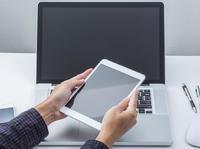 【钛晨报】全球PC电脑Q1销量创新低,加上平板才卖了1亿台