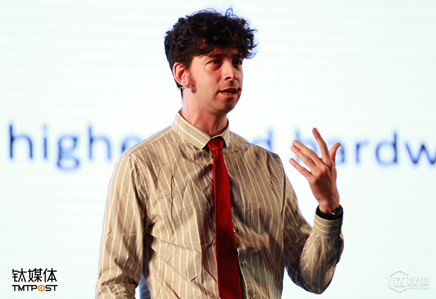 Nick Fortugno ,纽约Playmatics游戏开发工作室创意总监以及联合创始人
