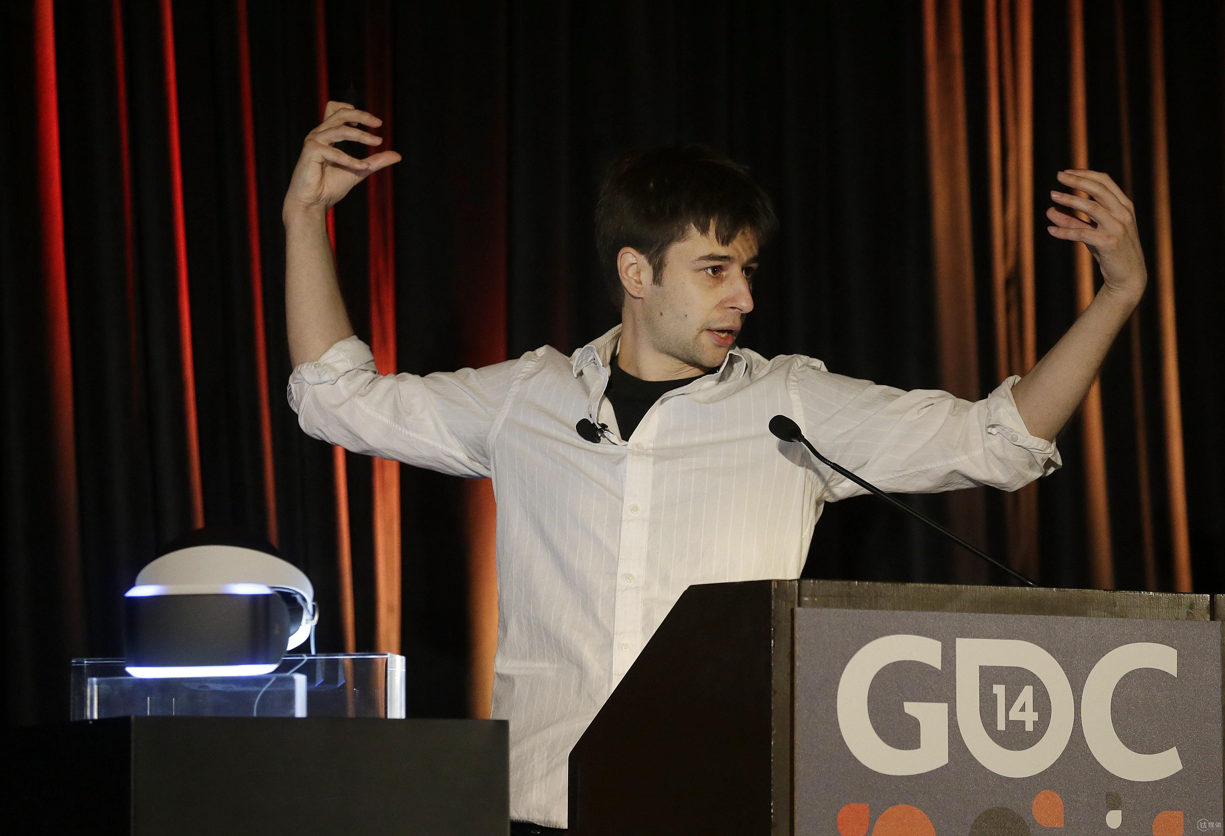 安东在2014年的 GDC 向台下听众介绍墨菲斯计划