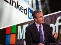 你可能不知道,微软高价收购LinkedIn背后还有这样的曲折故事