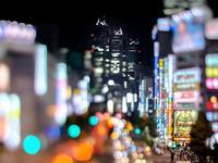 盛世下的回眸:在时间河流中审视2016上半年商业财报