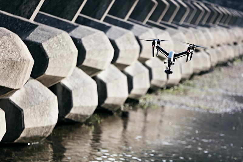大疆发布两款无人机,让航拍摄影师又迎来一波换机潮 第2张
