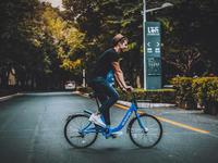"""又一家厂商加入共享单车大战,""""明年底结束战斗""""是不是早了点?"""