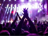 娱乐成了营销主入口,年尾的各种盛典大戏该怎么唱?