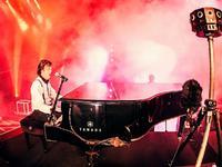 当VR遭遇传统音乐业,每个歌迷都将成为音乐故事里的一部分