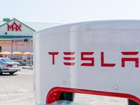 特斯拉充电站免费的时代将过去,充电行驶1600公里后需付费