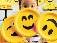 """QQ发布表情大数据:""""呲牙""""表情连续五年排名第一"""