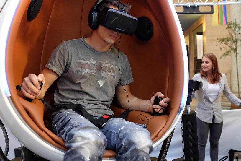 """硅谷投资人看2017:VR/AR和基因组大数据会是""""下一个房地产"""""""