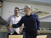 【钛晨报】印度允许苹果造新机,但不允许卖翻新手机