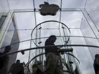谁说苹果光靠软件营收就能跻身财富100强,这只是它的转型自救罢了