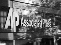 美联社究竟该不该设限员工的社交媒体使用?