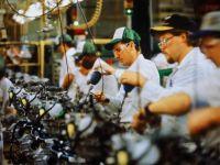 中型制造业企业互联网转型:如何化解需求疲弱、产能过剩、成本上升三大难题?