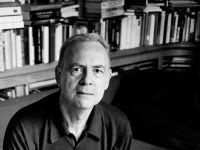 他获得了2014诺贝尔文学奖:王小波心中最好的现代小说家,好在哪里?